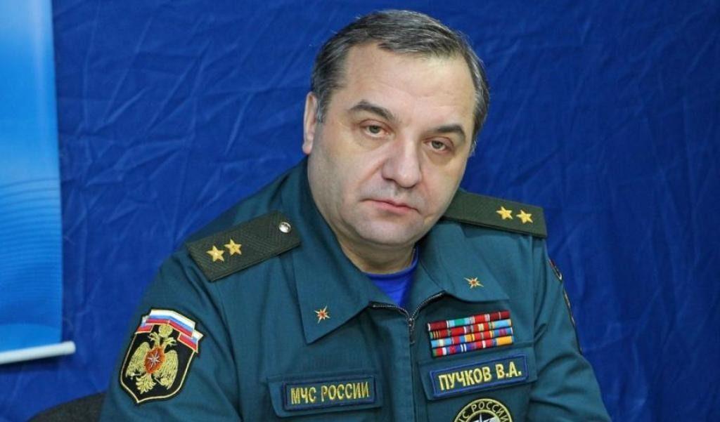 Руководитель МЧС Владимир Пучков вКазани проверил готовность пожарных вКубку конфедераций