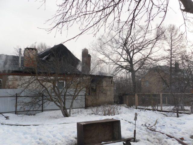 Два человека погибли напожаре вКазани