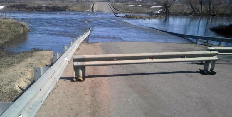 ВБуинском районе затопило два моста