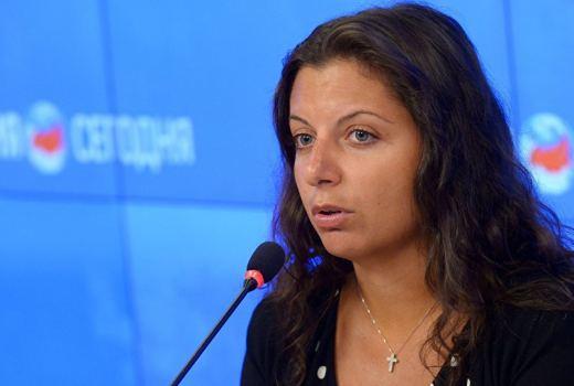 Симоньян назвала «дешевым водевилем» обвинения Макрона вадрес Sputnik иRT
