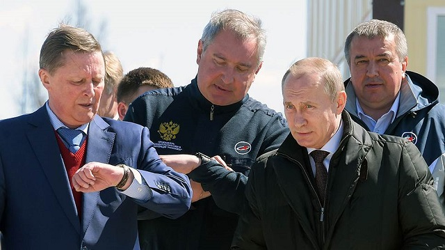 Путин поручил Рогозину ускорить работы посозданию ракеты сверхтяжёлого класса