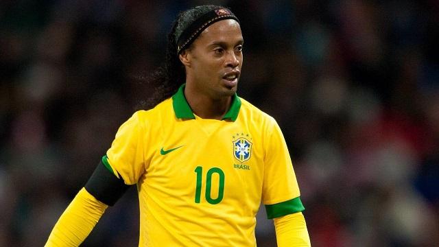 Парк Кубка конфедераций вКазани откроет прежний хавбек сборной Бразилии Роналдиньо