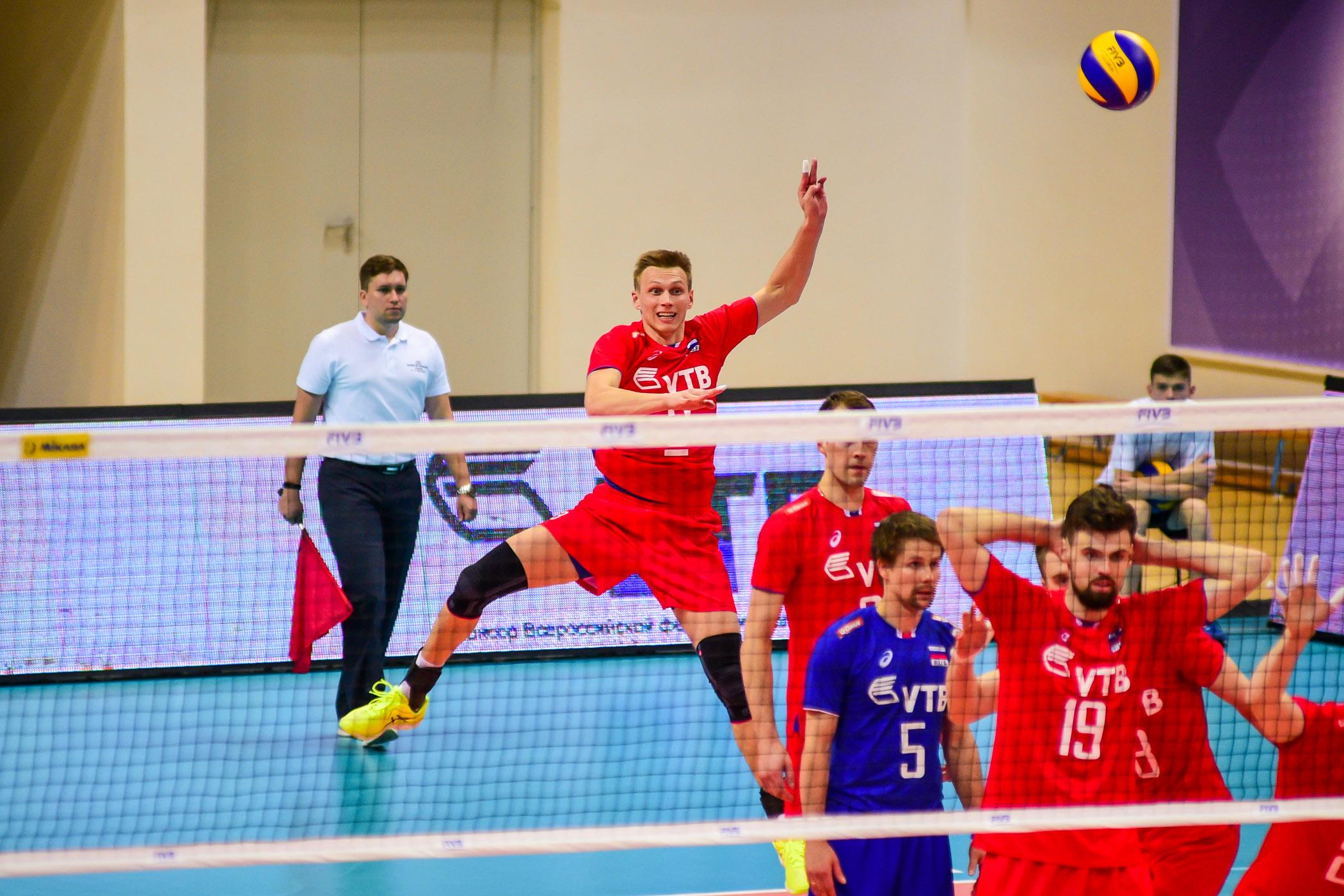 Сборная Российской Федерации  поволейболу обыграла Польшу в3 этапе Мировой лиги