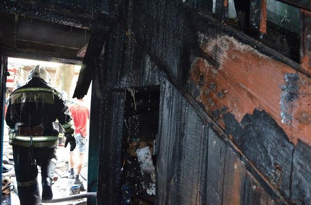 При пожаре вОренбургской области погибла семья изпяти человек