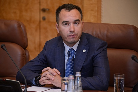 Вдоме челнинского предпринимателя  проходят обыски позаявлению руководителя  Исполкома Челнов