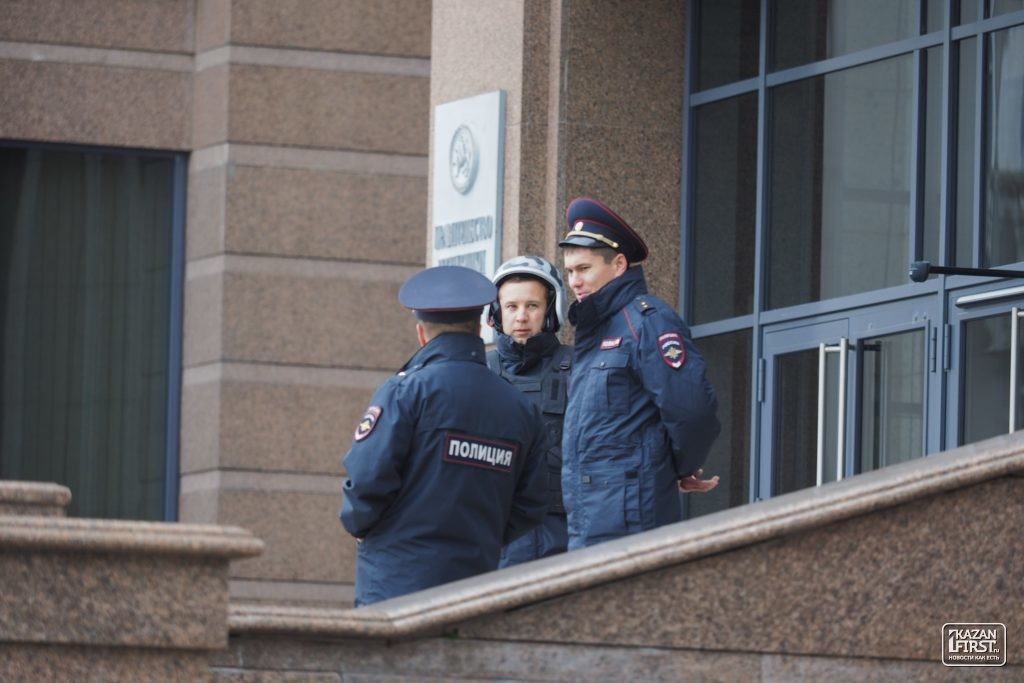 ВКазани из-за звонков оминировании эвакуировали семь школ
