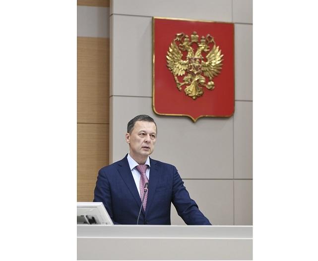 Москва информирует вфедеральный бюджет около одного триллиона руб. налогов