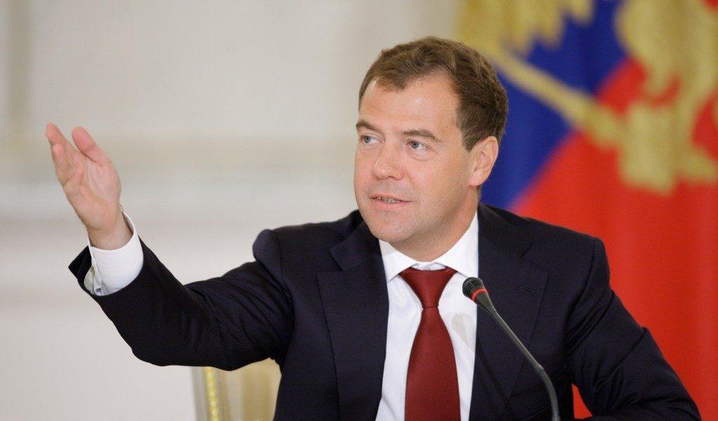 Bloomberg назвал вероятных  преемников Медведева напосту премьера